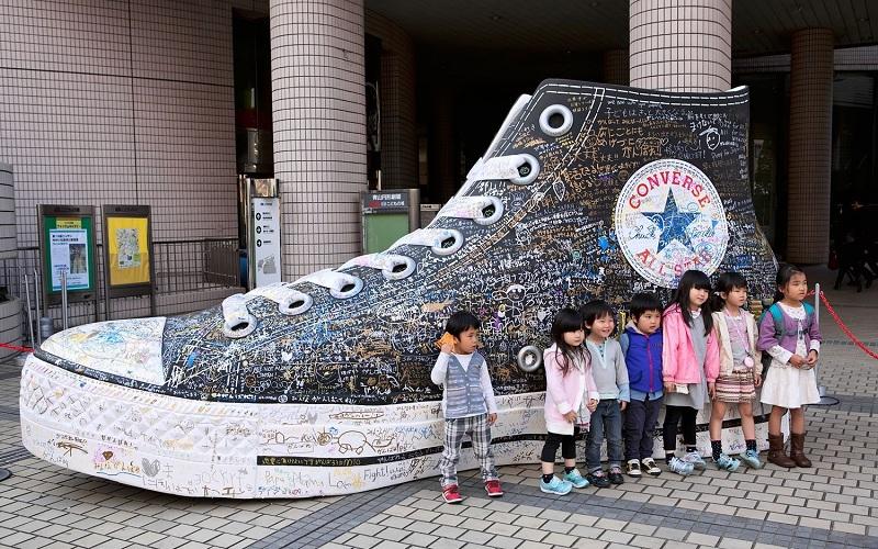 Οδηγός για πάτοι με μεγάλα παπούτσια