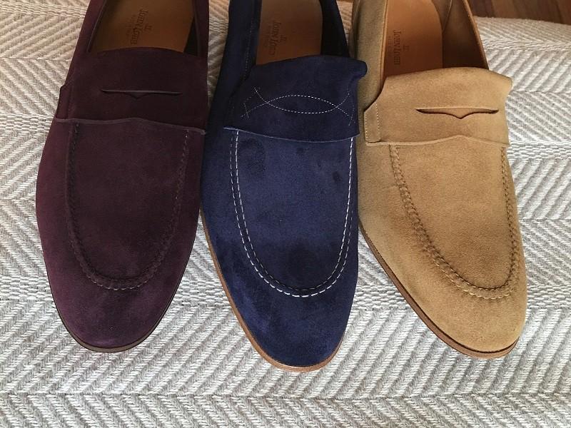 λεκές από λάδι σε παπούτσια