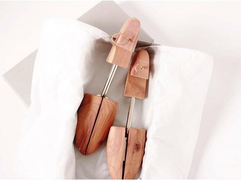 ξύλινα καλαπόδια
