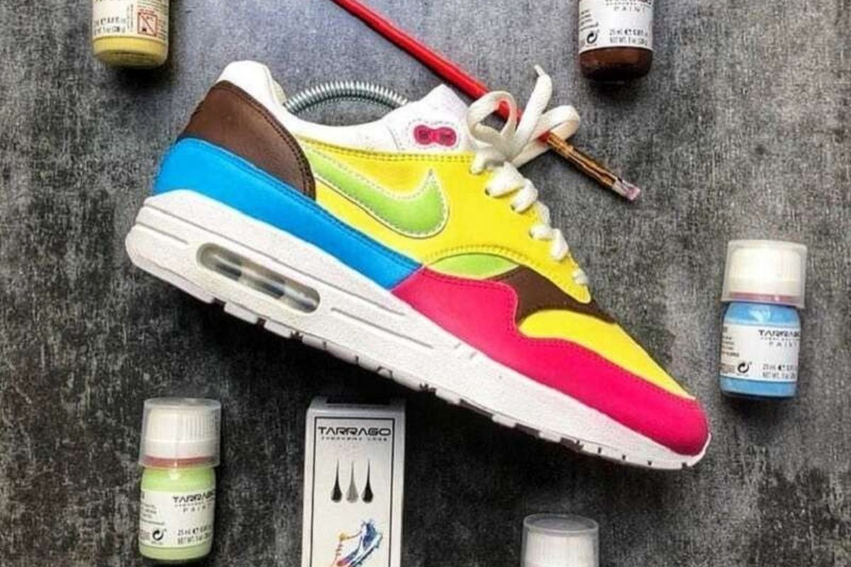 Βάψε και Εσύ τα Sneakers σου και Γίνε In