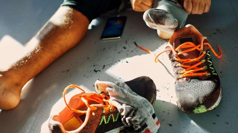 Διώξτε τις Δυσάρεστες Οσμές από τα Παπούτσια Σας